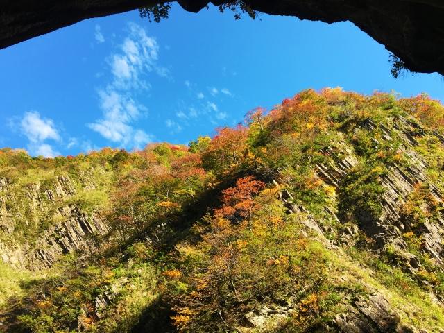 紅葉の季節の清津峡